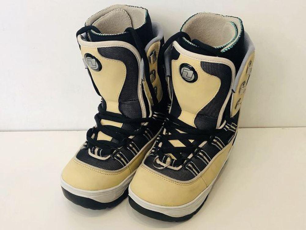 安曇野市 家電買取 | DEELUXE スノーボード用ブーツ 女性用 23.0cm