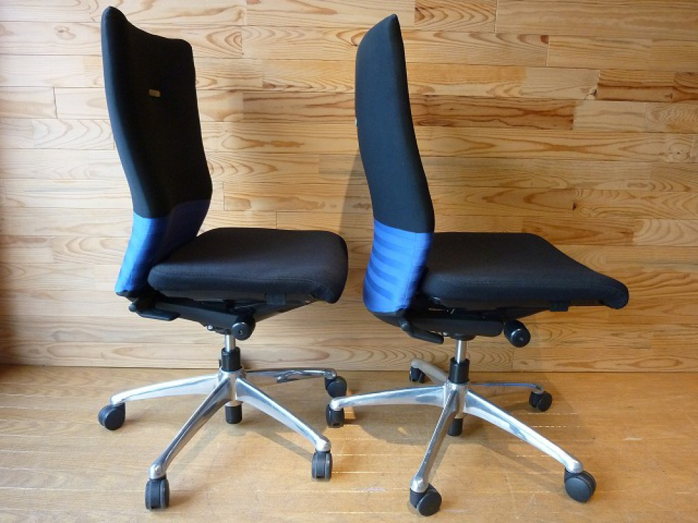 オカムラ オフィスチェア 2脚セット フィーゴ 多機能 事務椅子 ブルー 肘なし 出張買取   長野県長野市 写真2