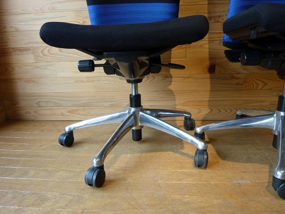 オカムラ オフィスチェア 2脚セット フィーゴ 多機能 事務椅子 ブルー 肘なし 出張買取   長野県長野市 写真8