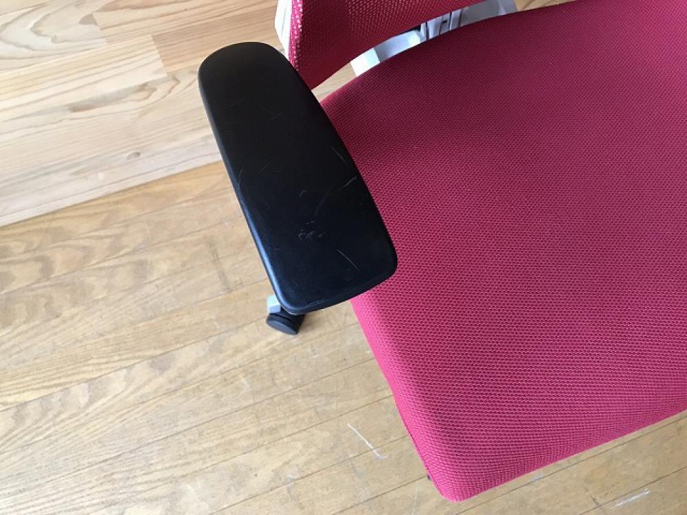 イトーキ エフチェア ハンガー付 高機能 SOF-375JB-ZWM4 オフィス 事務椅子 メッシュ ハイバック 出張買取   長野県安曇野市 写真6